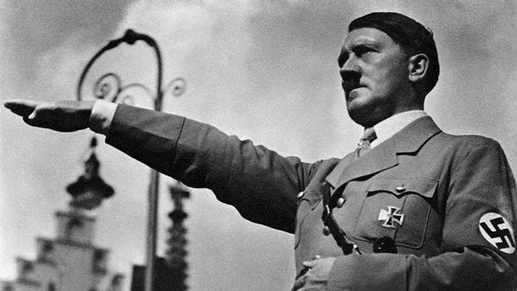 Hitler parla della Chiesa cattolica. Il suo pensiero (poco conosciuto)