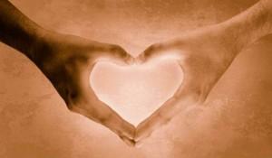 mani-cuore