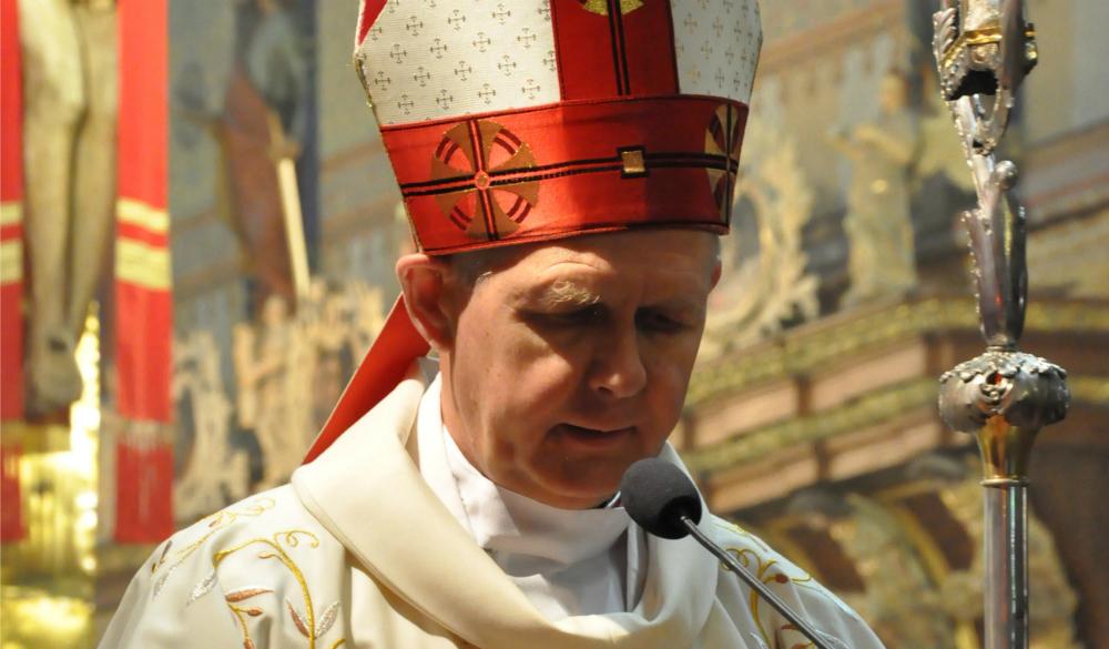 archbishop_tomash_peta